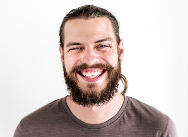Portret białego człowieka na białym tle