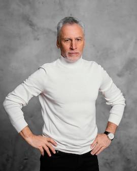 Portret elegancki mężczyzna