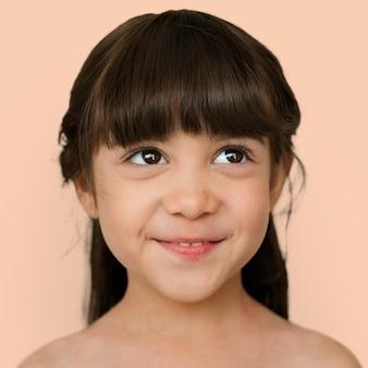 Portret francusko-tajskiej dziewczyny