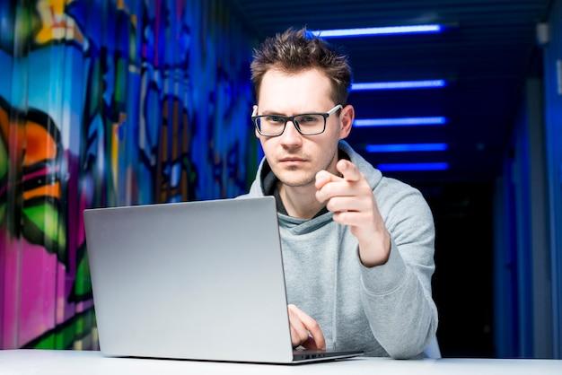 Portret hakera
