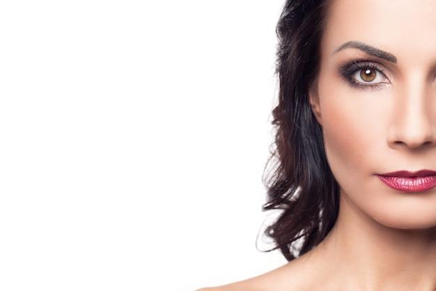 Portret kobiety brunetka