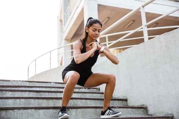 Portret kobiety fitness pewność