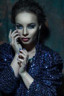 Portret kobiety moda glamour