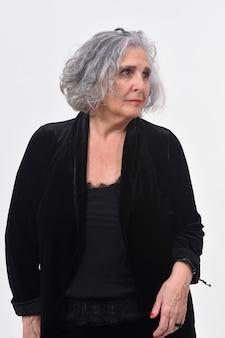 Portret kobiety na białym tle