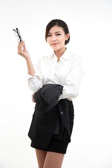 Portret kobiety na sobie elegancki strój