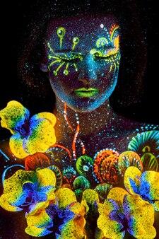 Portret kobiety świecące makijaż