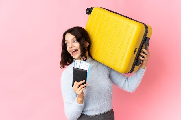 Portret kobiety z bagażem