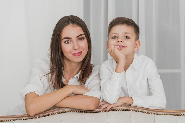 Portret matki dumny ze swojego syna