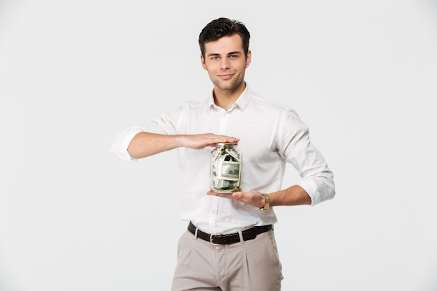 Portret mężczyzny pewność sukces w koszuli