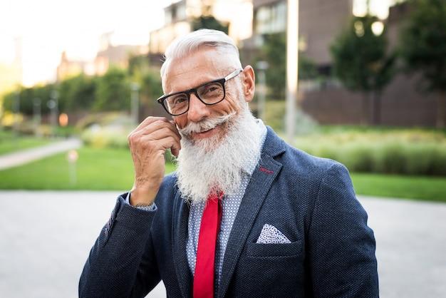 Portret mężczyzny starszy hipster