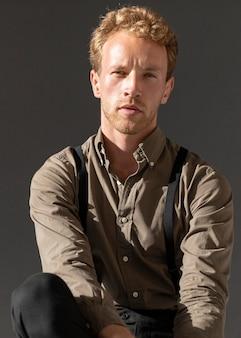 Portret minimalistyczny model męski