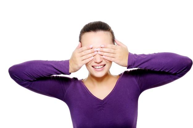 Portret młodej kobiety ukryć oczy