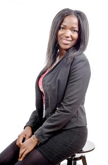 Portret piękna amerykanin afrykańskiego pochodzenia młoda kobieta