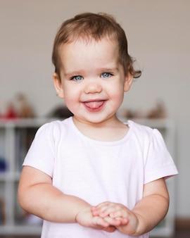 Portret pięknej koncepcji chłopca