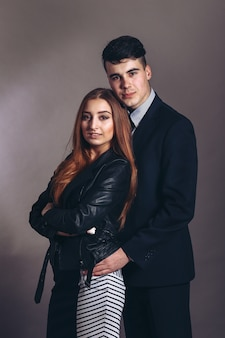 Portret przytulanie para
