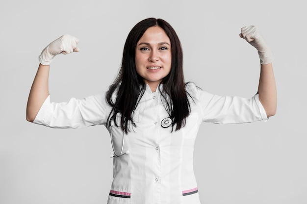 Portret silnego lekarza