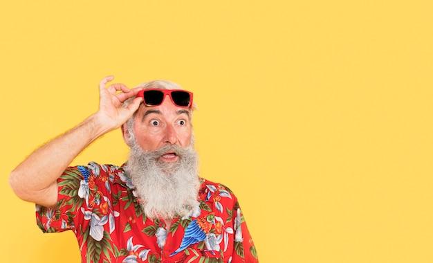 Portret starca z miejsca na kopię