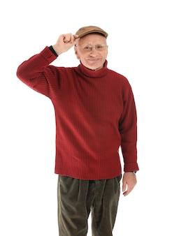 Portret starszego mężczyzny na białym tle