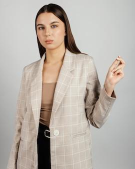 Portret stylowej kobiety