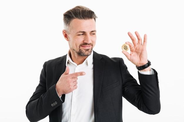 Portret szczęśliwy biznesmen dojrzały