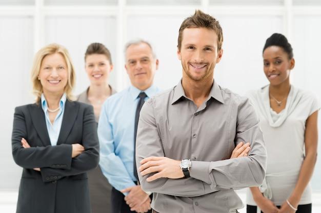Portret szczęśliwy biznesmeni