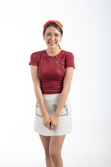 Portret uroda moda młoda kobieta azji model na białym tle. makijaż koncepcja uroda i studio.