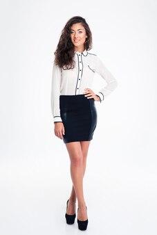 Portret uśmiechnięta młoda bizneswoman