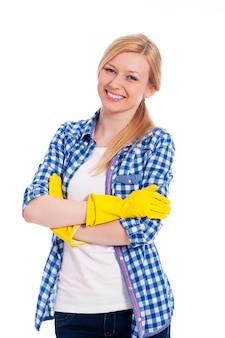 Portret uśmiechnięta piękna kobieta sprzątaczka