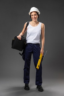 Portret żeński pracownik budowlany