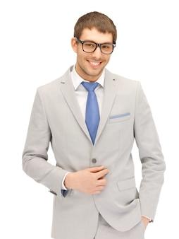 Portretowy obraz szczęśliwego biznesmena w okularach