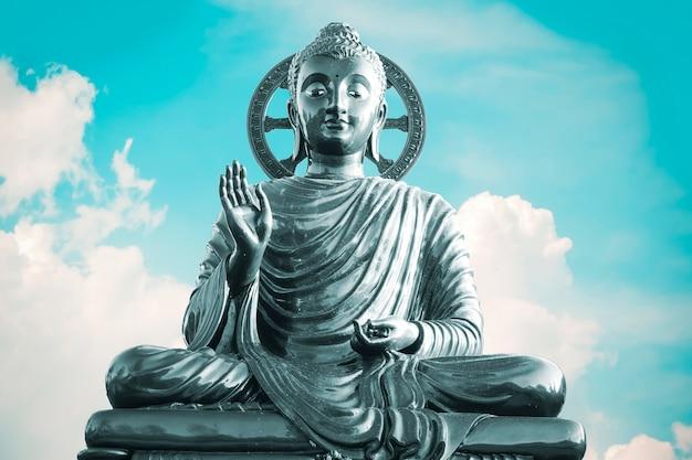 Posąg buddy