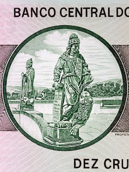 Posąg proroka daniela ze starych brazylijskich pieniędzy