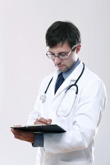 Potomstwa fabrykują z stetoskopem i schowkiem