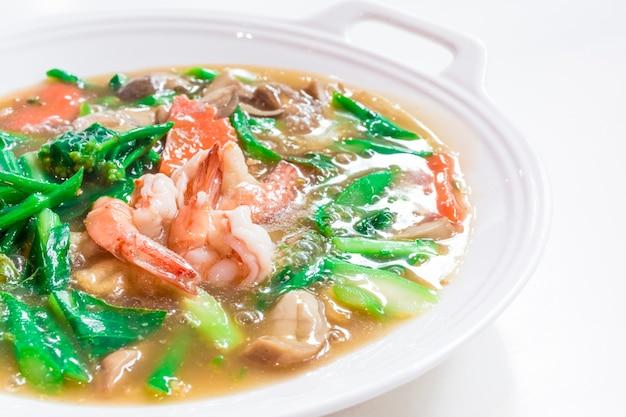 Potrawy tajlandzkie o nazwie