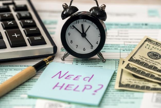 Potrzebujesz tekstu pomocy na naklejce z formularzem podatkowym 1040