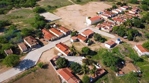 Povoado barra, rio grande do norte, brazylia - 12 marca 2021: miasto bar. miasto barra, w którym nagrano film bacurau