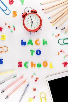 Powrót do koncepcji szkoły z artykułami biurowymi