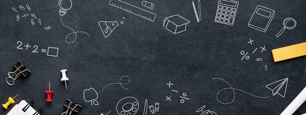 Powrót do szkoły edukacji transparent tło