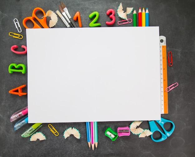 Powrót do szkoły pustej tablicy dla swojego projektu.