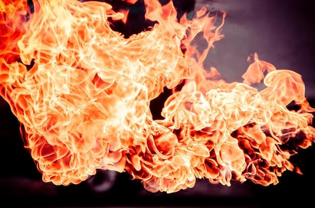Pożarniczy płomień dla tekstury i tła, benzyna wybuch