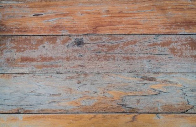 Poziome stare drewniane stoły