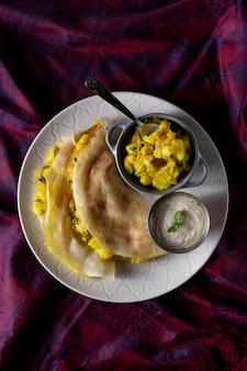 Pożywna indyjska kompozycja dosa