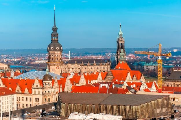 Prace konserwatorskie na starym mieście, drezno, niemcy