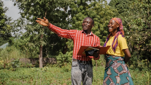 Pracownicy wiejscy planują razem