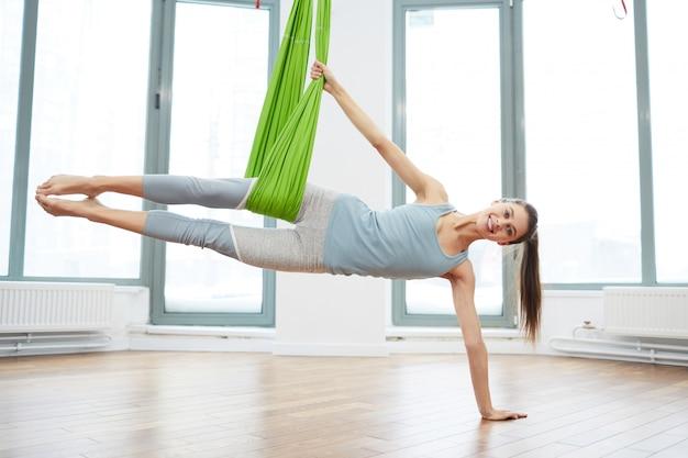 Praktyka jogi aerodynamicznej