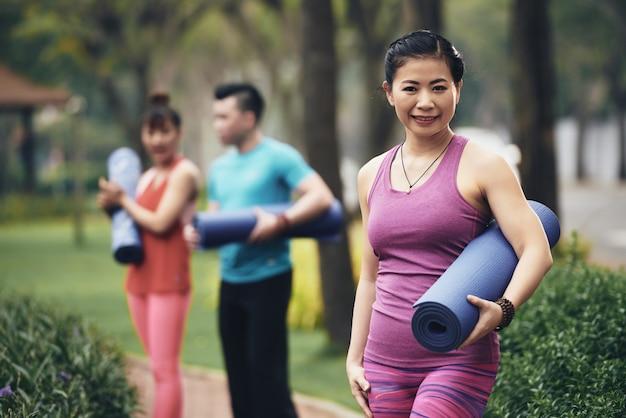 Praktykujący jogę