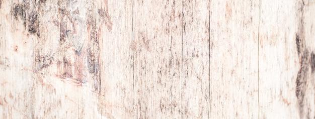 Prawdziwe drzewo stare drewniane tekstury. drewniany tło z brązową zieloną strukturą. rustykalne zdjęcie lasu naturalnego. ekologiczna kora sosnowa.