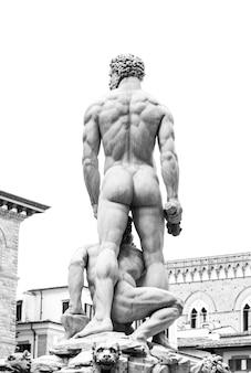 Prawdziwy mężczyzna z powrotem na piazza della signoria, florencja, włochy