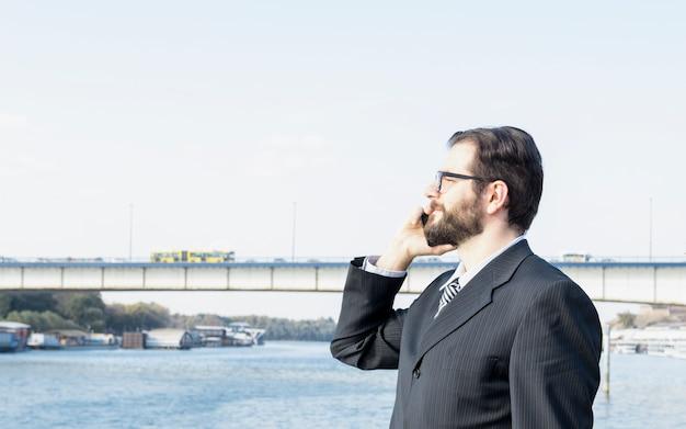 Prawnik nad rzeką
