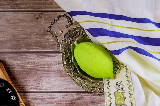 Prawosławne święto żydowskie w sukka i etrog na sukkot